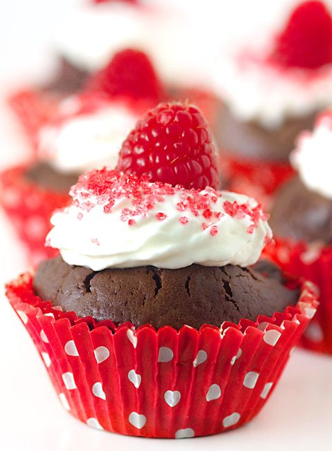 chocolate raspberry cupcakes | Celebrate Life in Style | Pinterest