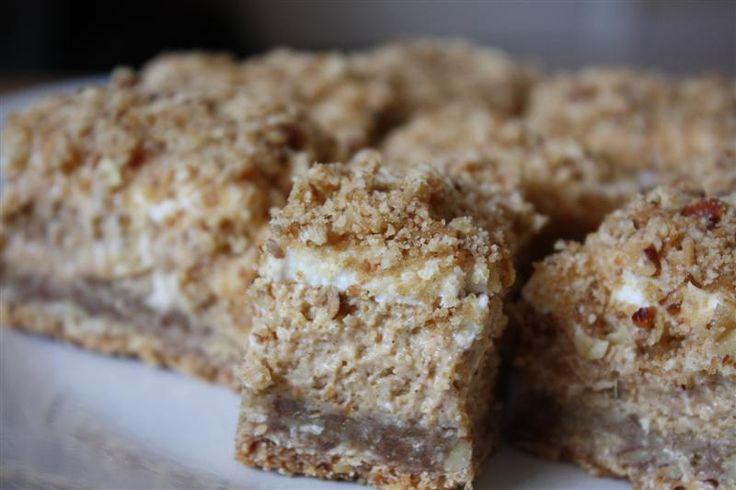 Pumpkin Cheesecake Crumble Squares | Recipe