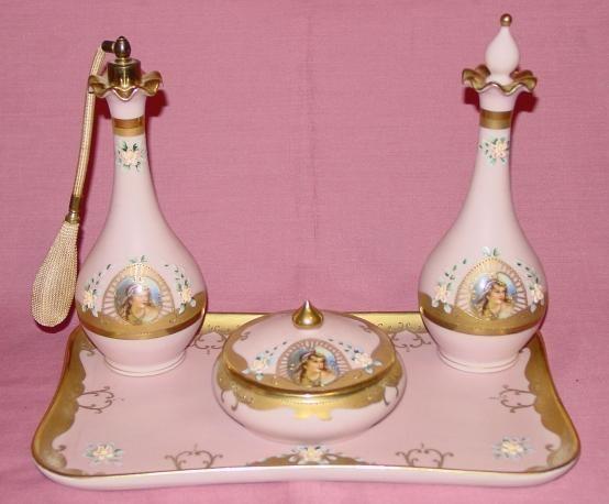 Баварская Розовый фарфор 4 шт.  Dresser Установить ж / Портреты