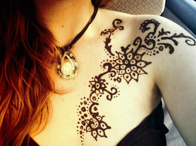 henna on chest and shoulder tattoos pinterest. Black Bedroom Furniture Sets. Home Design Ideas
