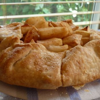 Free Form Apple Tart | Dessert!! | Pinterest