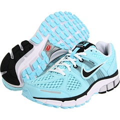 I have an addiction to athletic shoes. Tried these out tonight on a short run. So comfy! And pretty!
