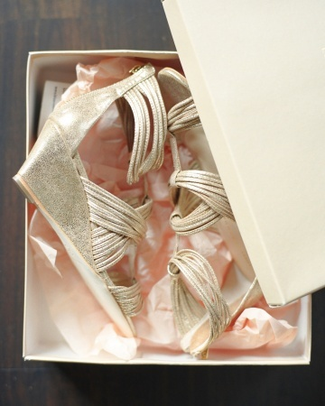 Gold Loeffler Randall wedges -- perfect for a grassy outdoor ceremony