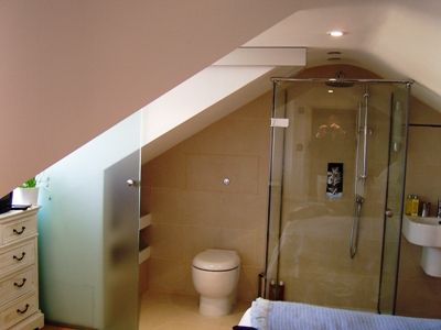 Pin by claudia delgado on house project pinterest for Bathroom ideas for lofts
