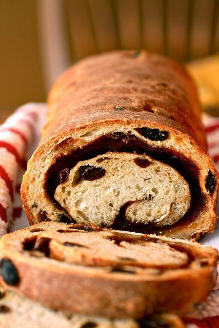 Cinnamon Raisin Swirl Bread. | Recipes to Try | Pinterest