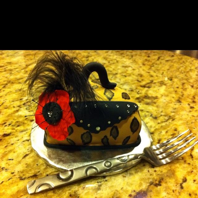 Leopard Purse Cake