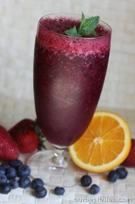 Blueberry-Pomegranate Smoothie | Yummmm!! | Pinterest