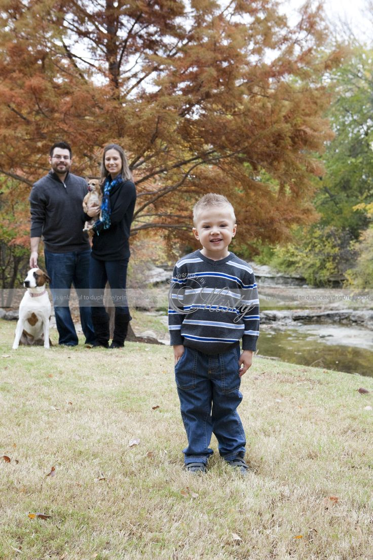 Outdoor Family Christmas Portraits