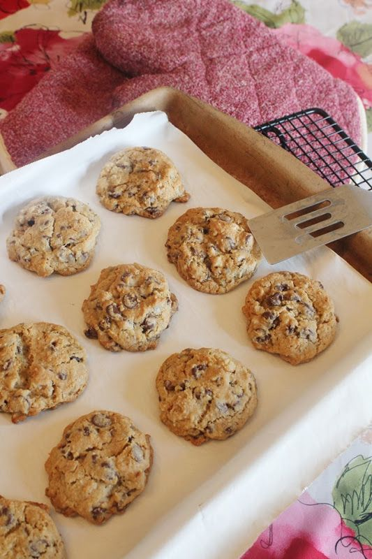 Doubletree Hotel Chocolate Chip Cookies *Copy Cat recipe*