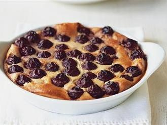 Cherry Clafoutis - The Classic French dessert   Online bee