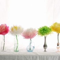 How to make a variety of tissue paper flowers. Perfect for Mother's Day, Cinco de Mayo, weddings, and more!