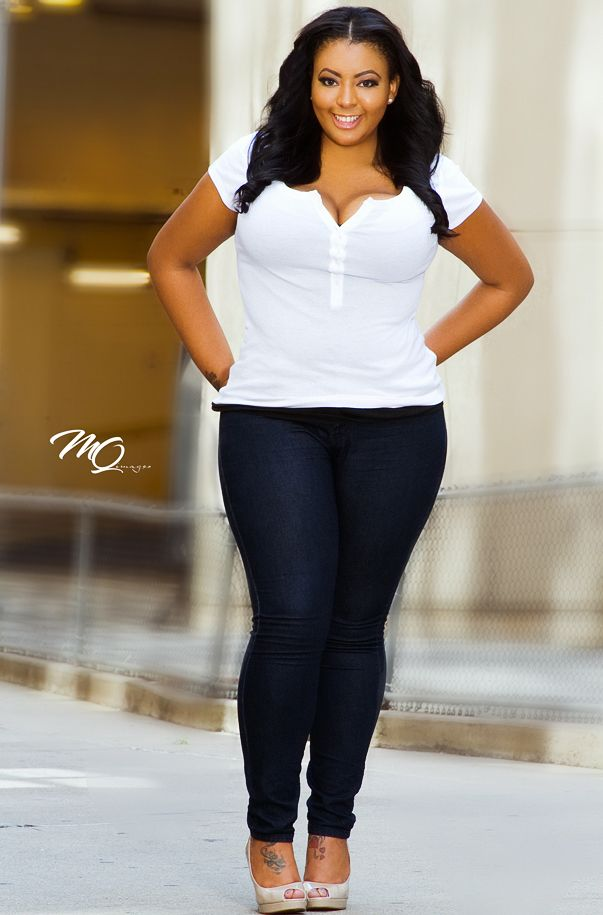 Black and White Style for Curvy  Women
