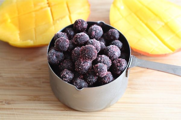 Blueberry Mango Smoothie   Recipe