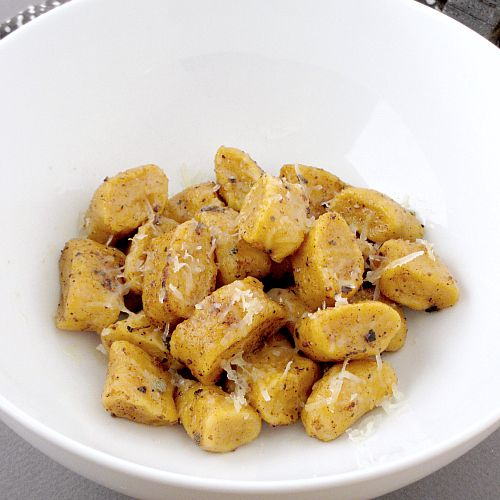 sweet potato gnocchi with sage brown butter (easy-peasy)