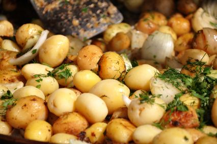 Roasted Potatoes & Onions on the Grill | YUMMY FOODS | Pinterest