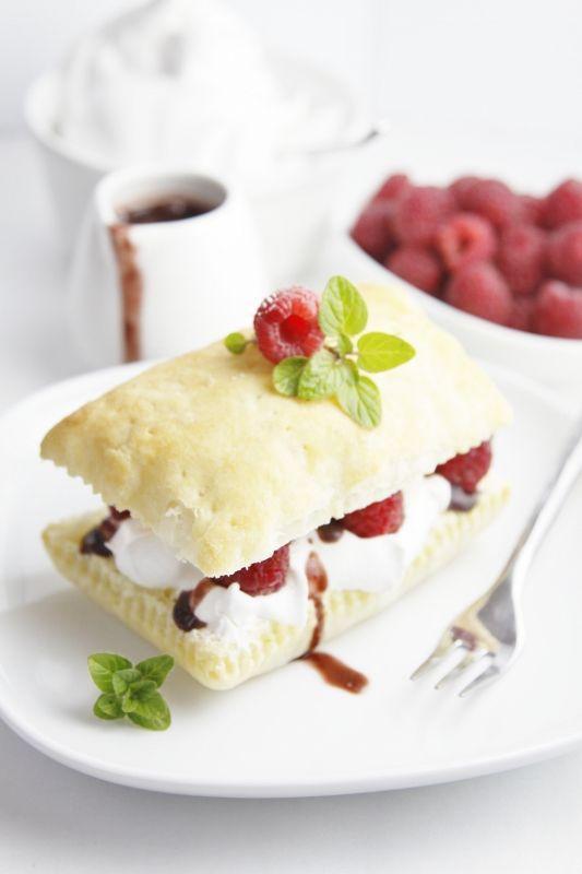 Raspberry Chocolate Napoleons/bellalimento