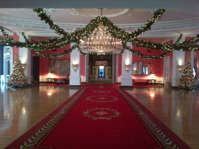 Cameo ballroom at christmas ballroom decor pinterest for Ball room decoration