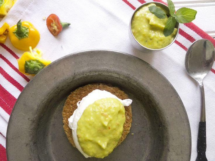 ... eggs 10 lighter eggs benedict with mock hollandaise sauce hollandaise