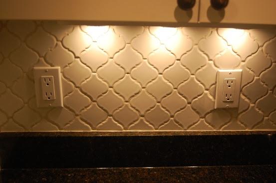 installing morroccan lantern tile backsplash wif and hub