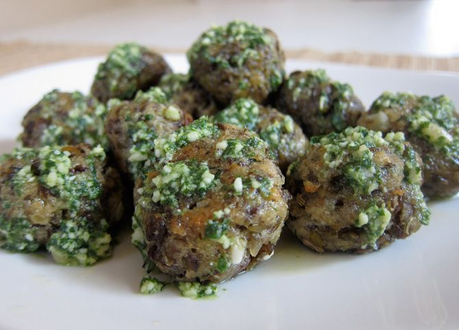 "Natureal Mom – Recipe: {Lentil ""Meatballs"" with Lemon Pesto}"