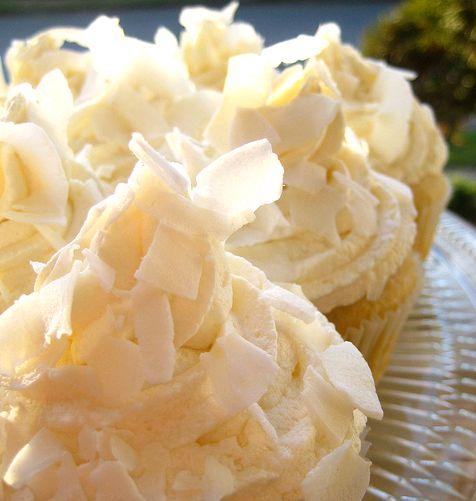 Vegan Coconut Cupcakes with Lemon Curd Filling