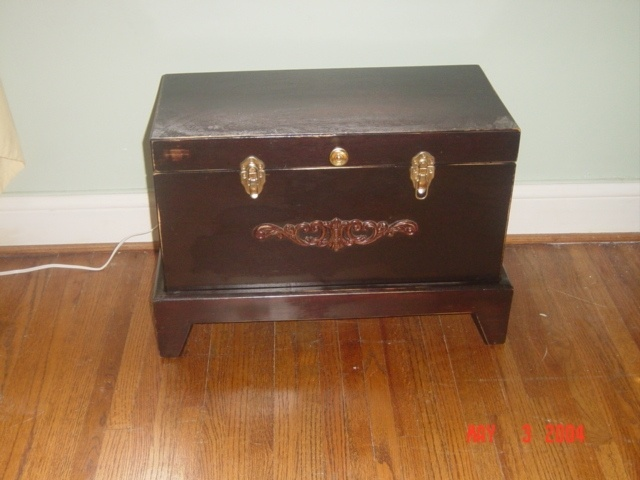 small trunk with internal slide drawer