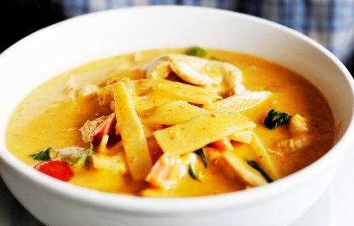 ... for http://www.davestravelcorner.com/images/highlights/Thai-Curry.jpg