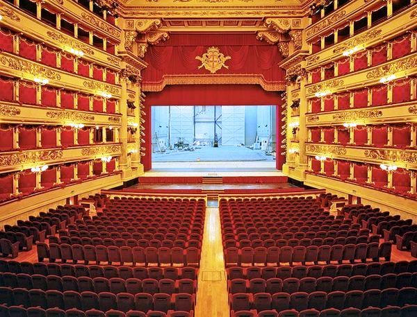 Great Opera Houses in Italy  We all know that the country of Italy is famous for it's art, food, people, soccer (calcio), fine fashion and great natural beauty. On the artistic side, there are famous churches, cathedrals, paintings, sculptures, piazzas, etc. And if you are an opera buff, Italy is home to many famous and beautiful opera houses. Below is a listing of the famous opera houses in Italy.