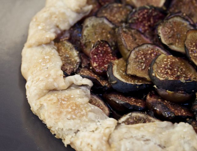 rosemary fig galette | Sweet tooth | Pinterest