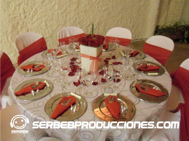 Excelente combinaci n de colores con centro de mesa en for Mesa 5 producciones