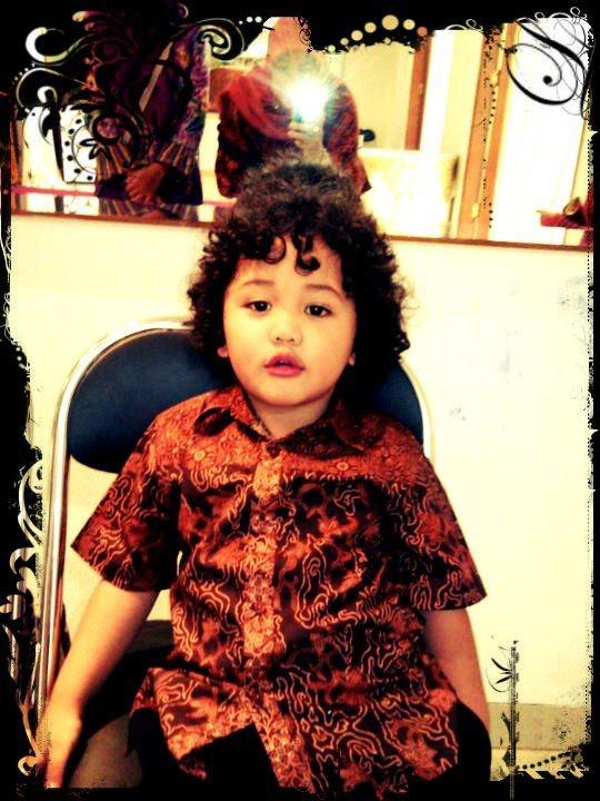Cis kalo pake Batik Keris. Foto oleh Ibu Juni N Surjadiredja dari ...