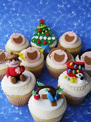 Charlie Brown Christmas Cupcakes