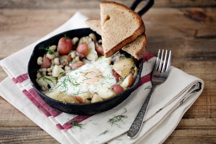 Black-Eyed Peas and Dill Potato Skillet | Recipe