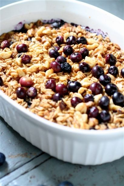 baked blueberry and banana oatmeal | First Noms of the Day | Pinterest