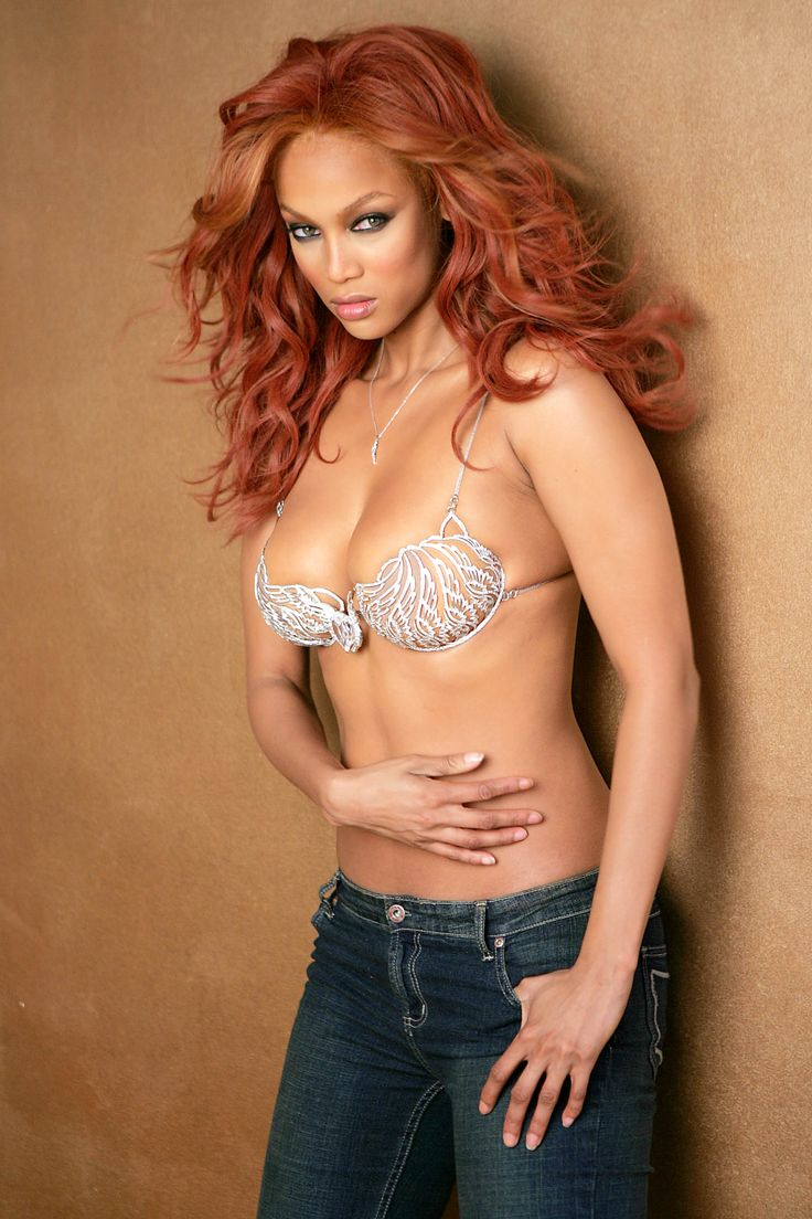 A Victorias Secret Fantasy: The Million Dollar Bra Countdown images