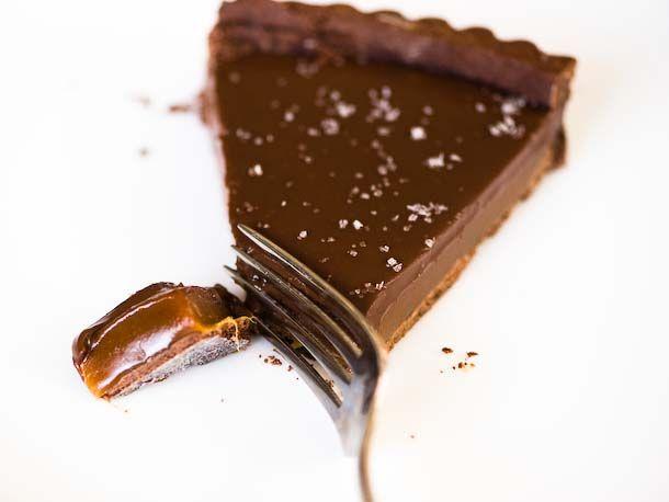 Salted Chocolate Caramel Tart: I'm thinking that bringing one of these ...