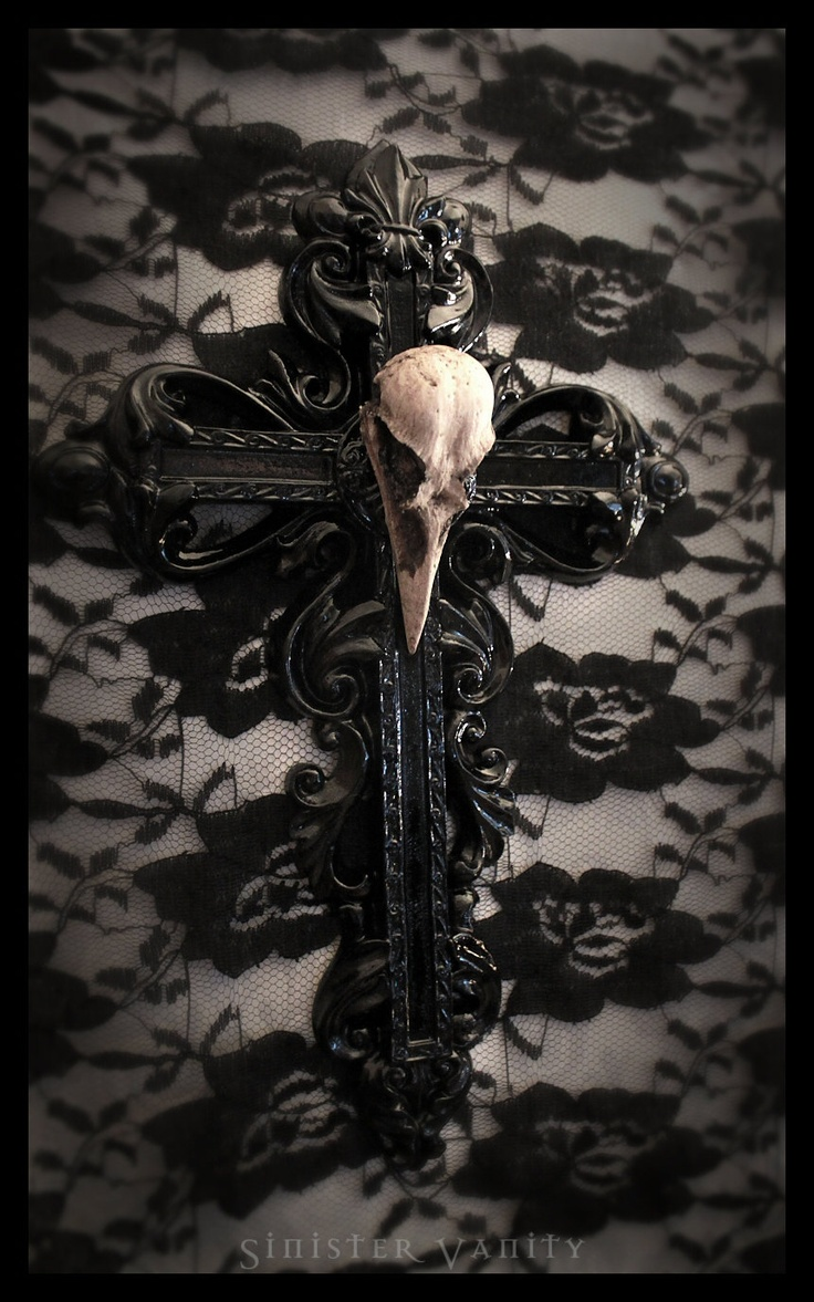 Gothic Crow Skull Cross Goth Ornate Wall Cross Decor