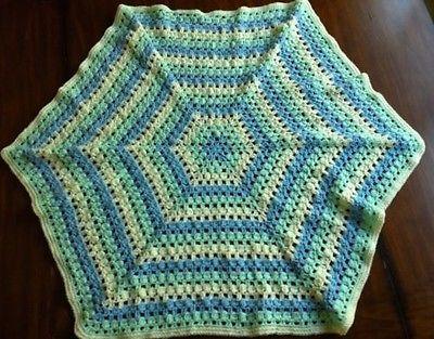 Crochet Hexagon Baby Blanket crochet Pinterest