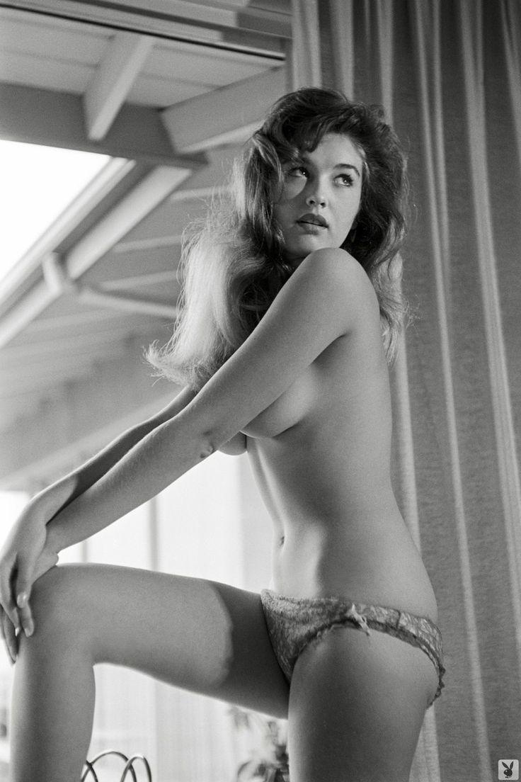 Tina Louise Playboy Topless - Office Girls Wallpaper