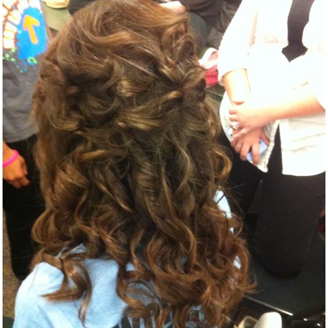 Jensens hair again loose pin curls