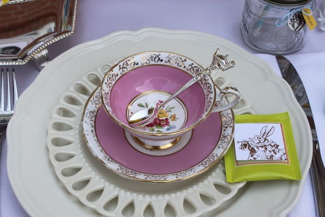 Another pretty tea cup #aliceinwonderland #teaparty