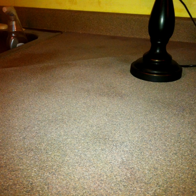 Rustoleum Countertop Paint Putty : Still drying. New countertop using Rust-Oleum Textured Paint. $50, 5 ...