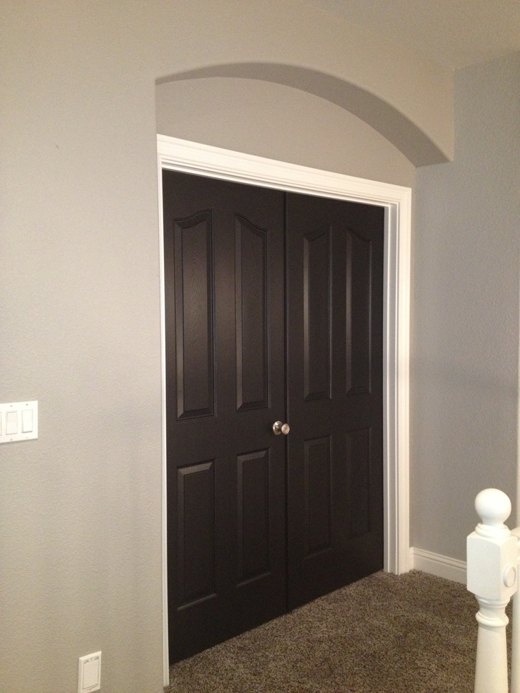 Greige Walls And Black Doors Robins Wood Ct Pinterest
