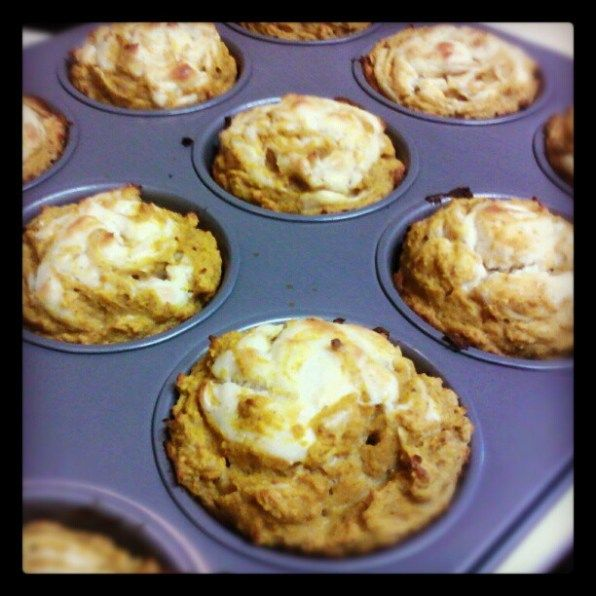 Pumpkin cream cheese muffins   Yummy Recipes to Try   Pinterest