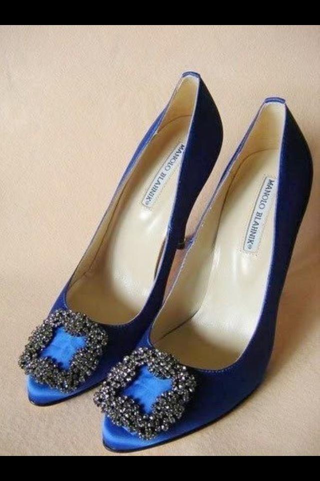 carrie bradshaws shoes more carrie bradshaw pinterest
