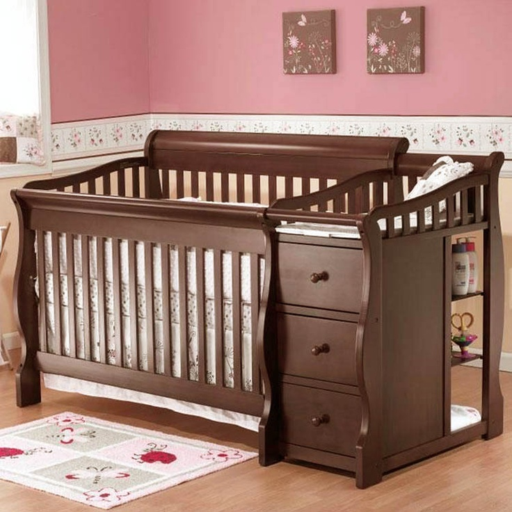 Baby Crib And Changing Table Combo