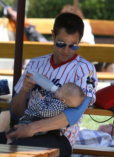 Johnny Knoxville and his baby Rocko   Johnny Knoxville Rocko