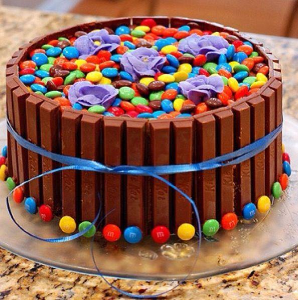 M&MS and Kit Kat cake Cakes Pinterest