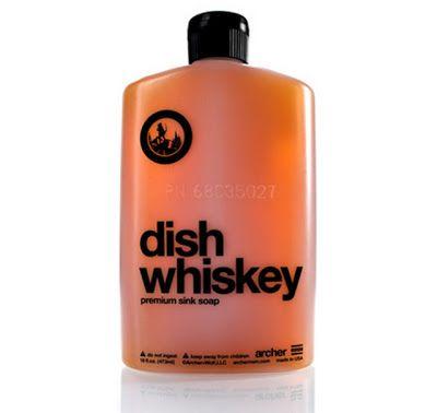 Jabón para lavar trastes inspirado en Whiskey | La Guarida Geek