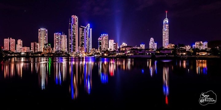 The Gold Coast at night | Australia - Queensland (My Home) | Pinterest